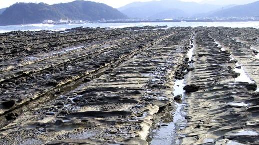 青島 鬼の洗濯岩