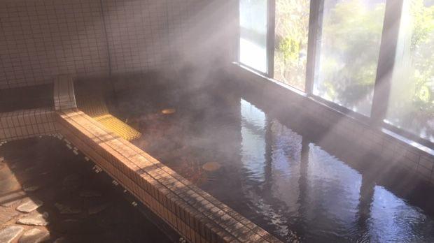 天然温泉湯乃山